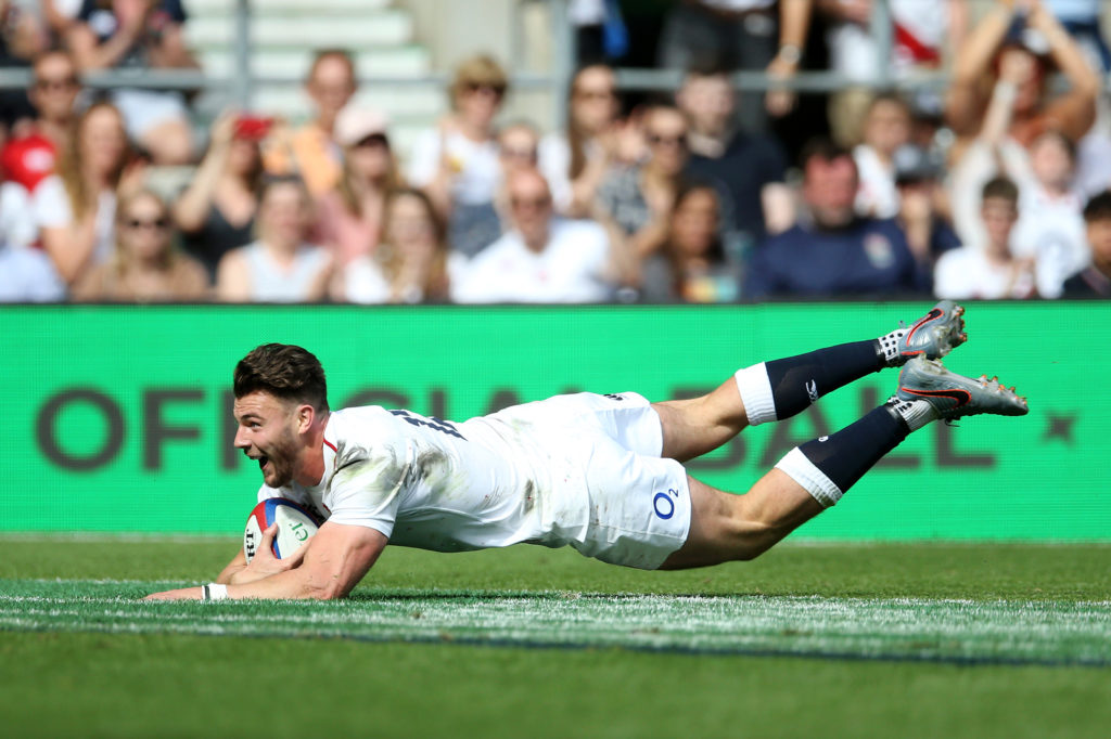 Johnny Williams scores a try for England against Barbarians